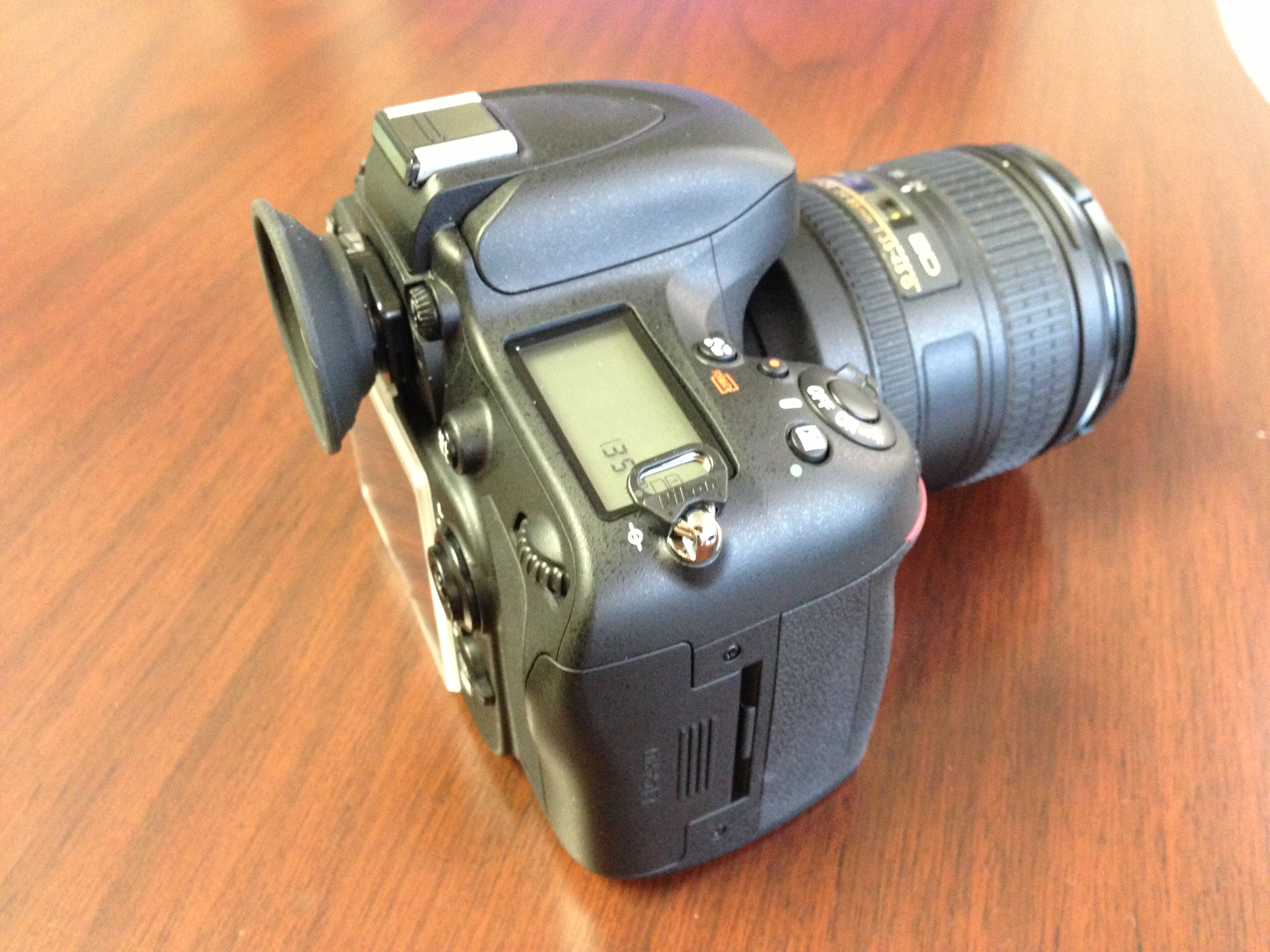 Convert the Nikon D600 Viewfinder into a Round Viewfinder (Works with D5100, D7000, and Others)