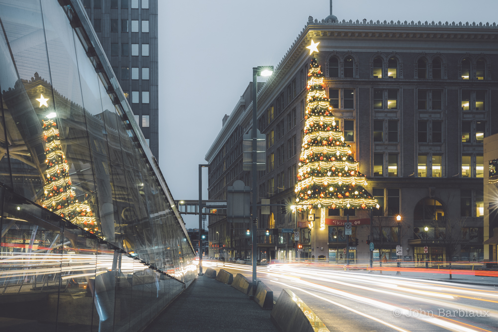 pittsburgh, light trails, fine art, cityscape, urban landscape, leica, long exposure, christmas tree, christmas