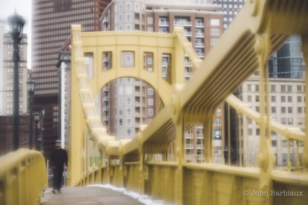 Pittsburgh, Thambar, Leica, street photography, downtown