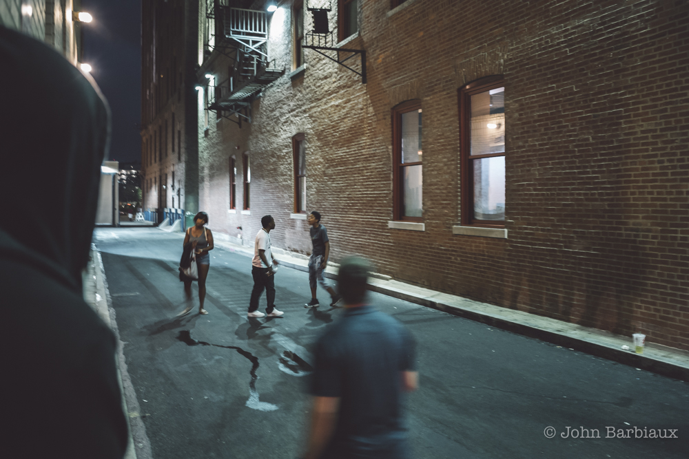 pittsburgh, street photography, street fight, raw, low light, leica, leica m10